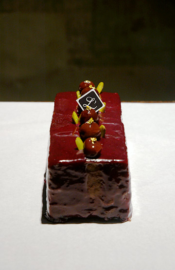 lobjet_cake.jpg