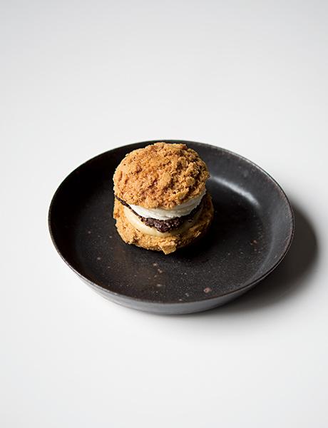 蕎麦の実(和三盆シャンティー&そば茶パティシエール)