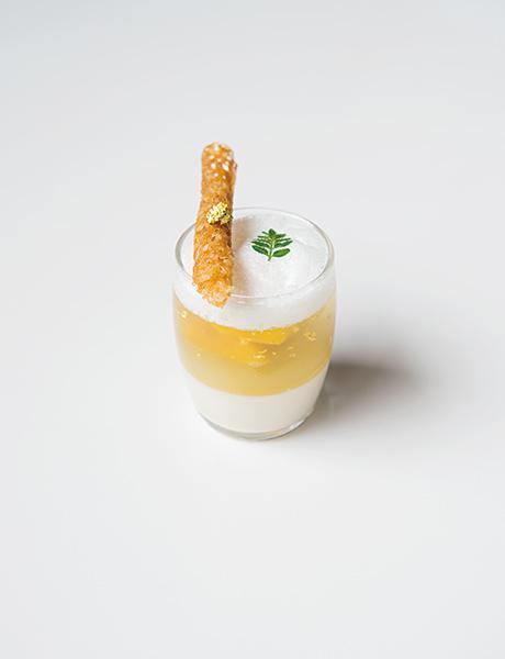 ヴェリーヌ・涼風スズカゼ(酒かすブランマンジェ&カモミールジュレ)